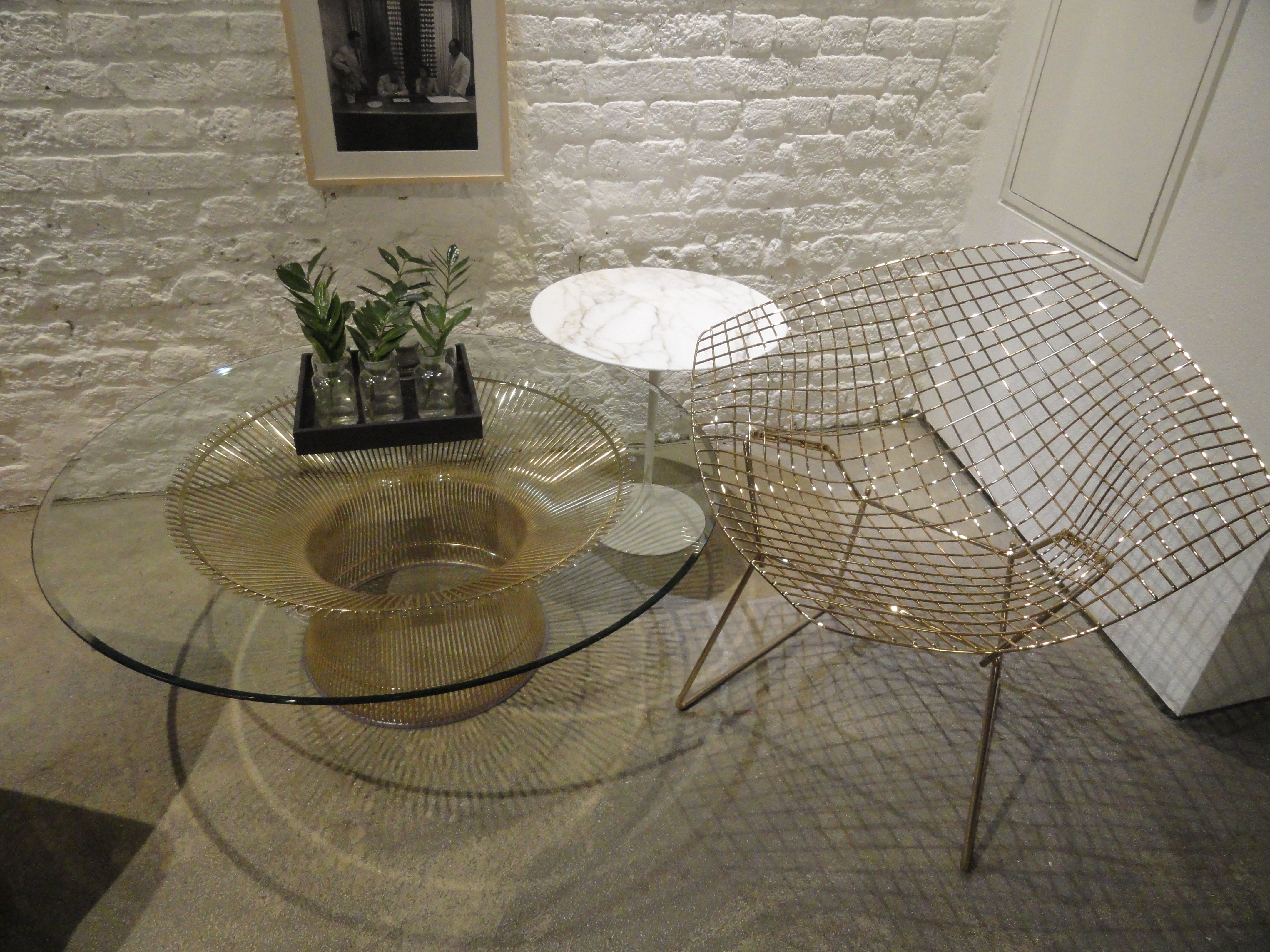 It was great to see the 18k golden Bertoid Diamond Chair at @Knoll reception during @cdwfestival #CDW2016