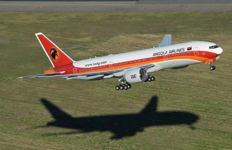 TAAG Angola Airlines Boeing 777-2M2/ER