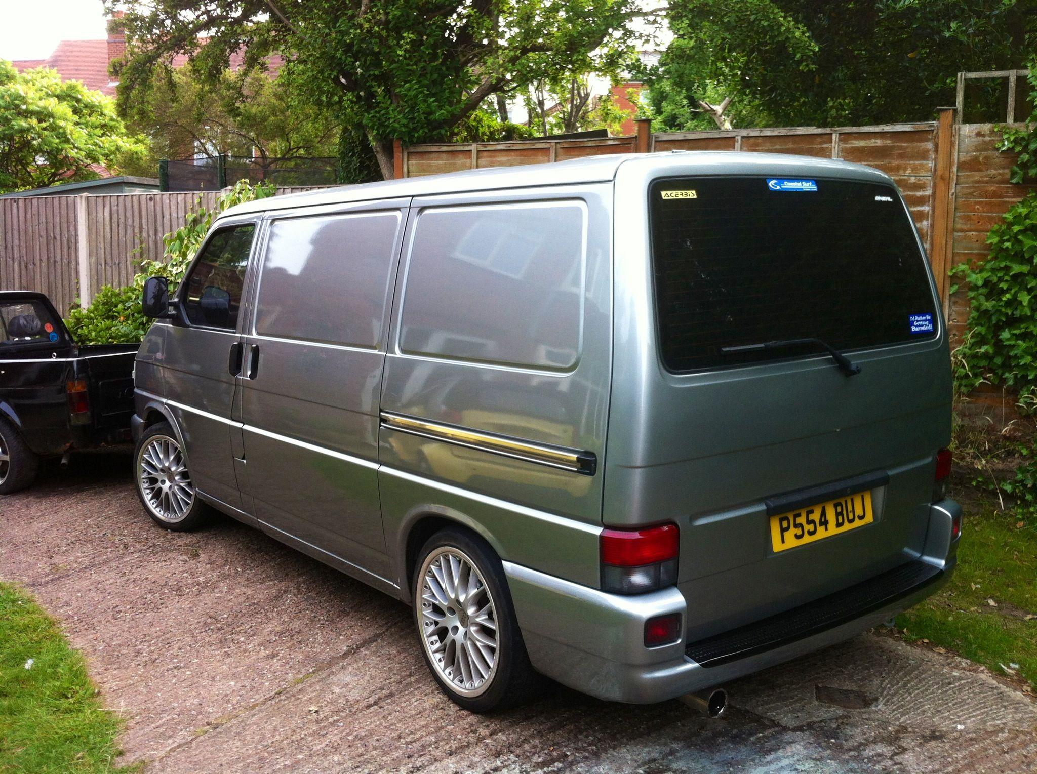 potential colour option the van vw transporter van vw. Black Bedroom Furniture Sets. Home Design Ideas
