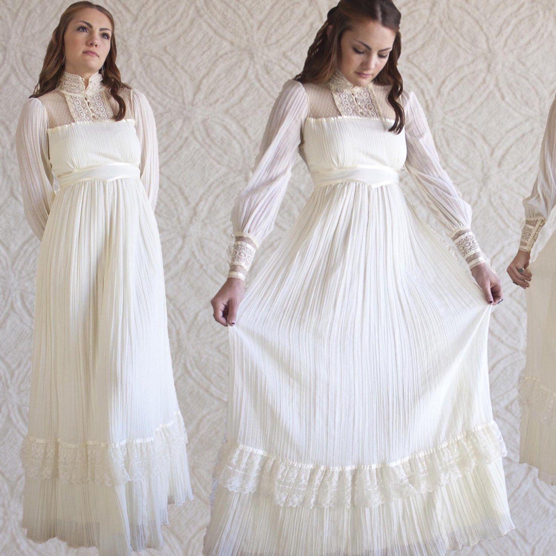 Vintage us gunne sax ivory lace dress this is my wedding dress