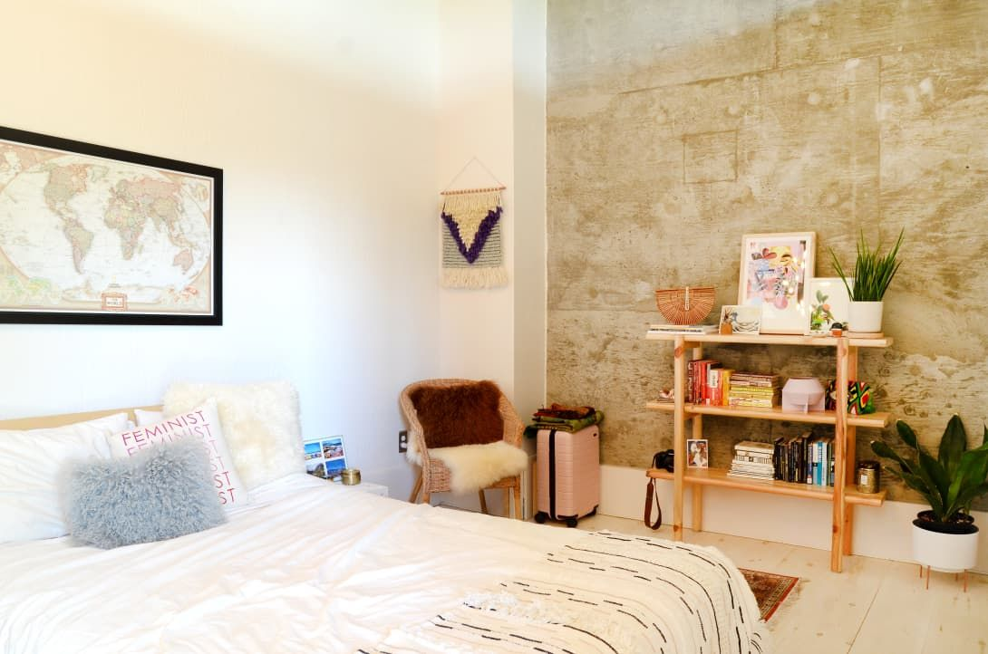 A Renter Found This Gorgeous Modern Loft In A Former Elementary School On Craigslist King Size Bedroom Furniture Sets King Size Bedroom Sets Bedroom Set