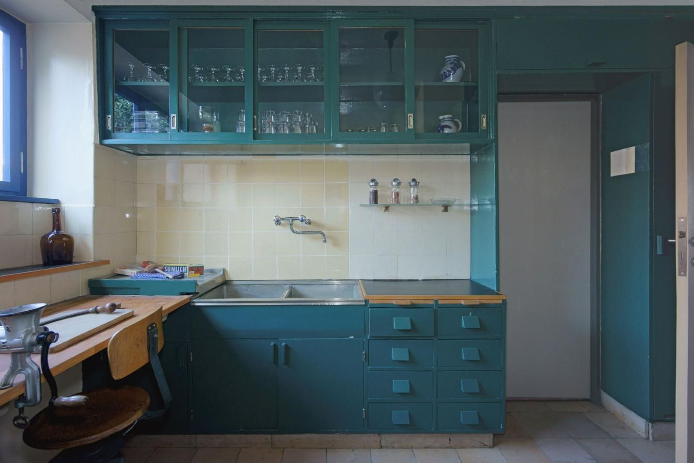 This YearOld Kitchen Design Looks Better than Ever  ROOM