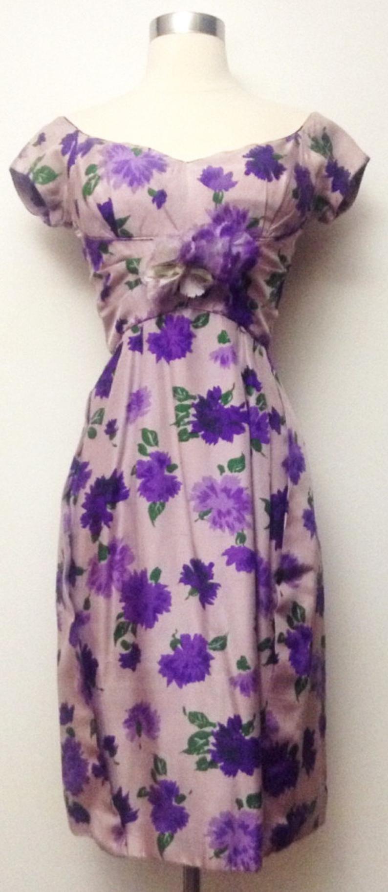 Vintage 1950s Dress 50s Dress Purple Lavender Mod New Look Rockabilly Party Dress Vivid Colors Hourglass Vintage 1950s Dresses Purple Dress 1950s Dress [ 1827 x 794 Pixel ]