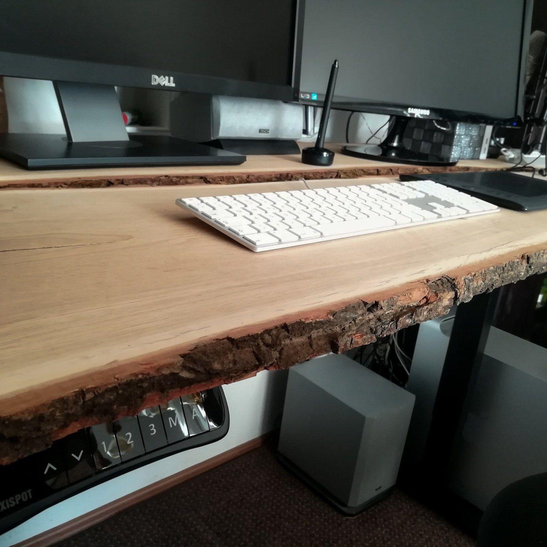 Diy Schreibtisch Aus Holzbohlen Selber Bauen Creative Material Schreibtisch Selber Bauen Schreibtisch Bauen Tisch Selber Bauen