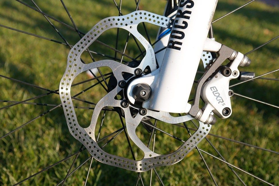Mountain Bike Disc Brakes Not Stopping Properly Common But Easy