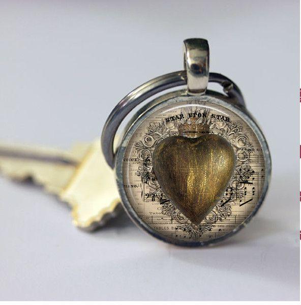 Schlüsselanhänger - Metallic Herz Keychain Steampunk  - ein Designerstück von MadamebutterflyMeagan bei DaWanda
