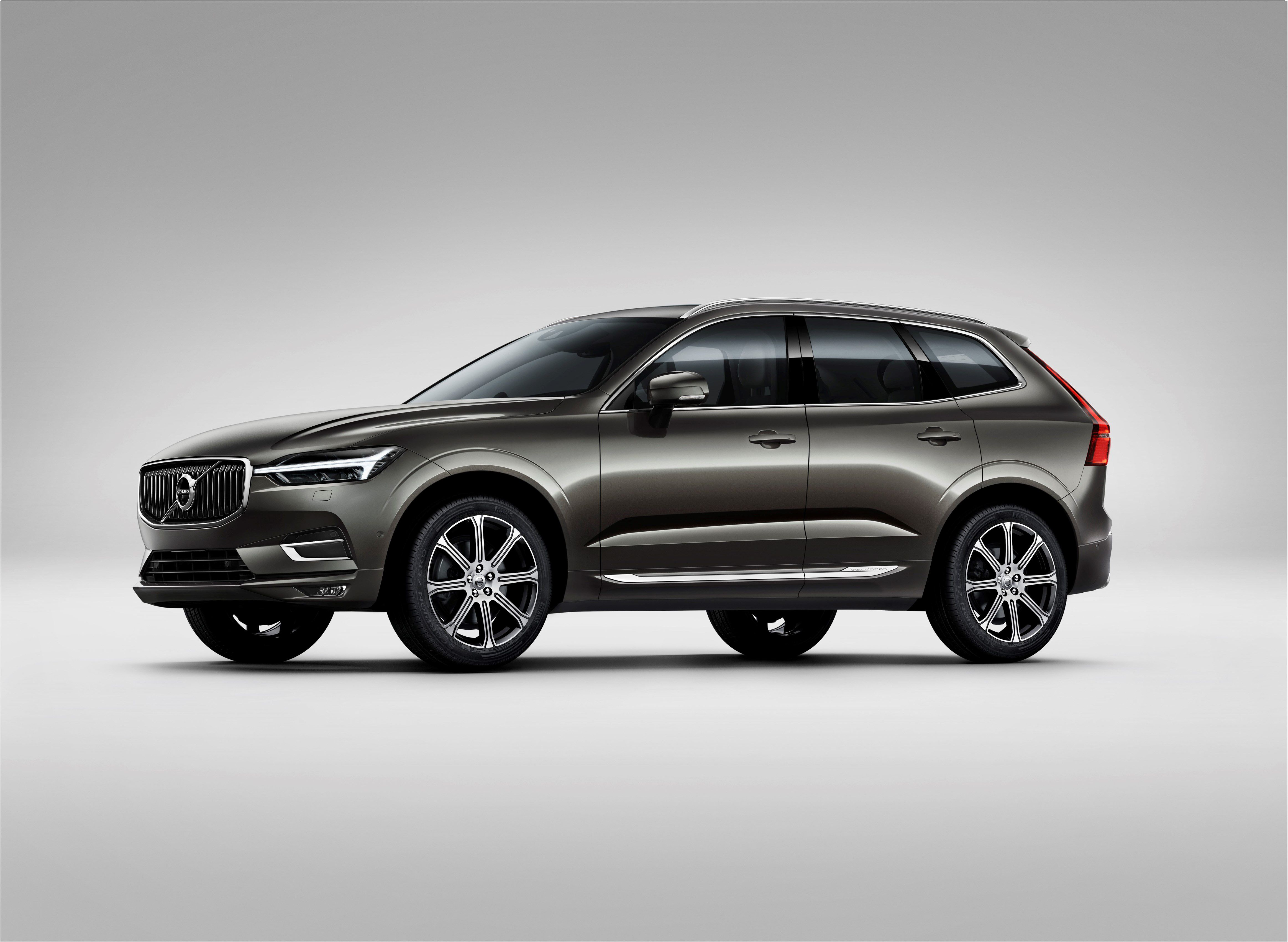 volvo xc60 the new volvo xc60 one of the safest cars ever made rh pinterest com
