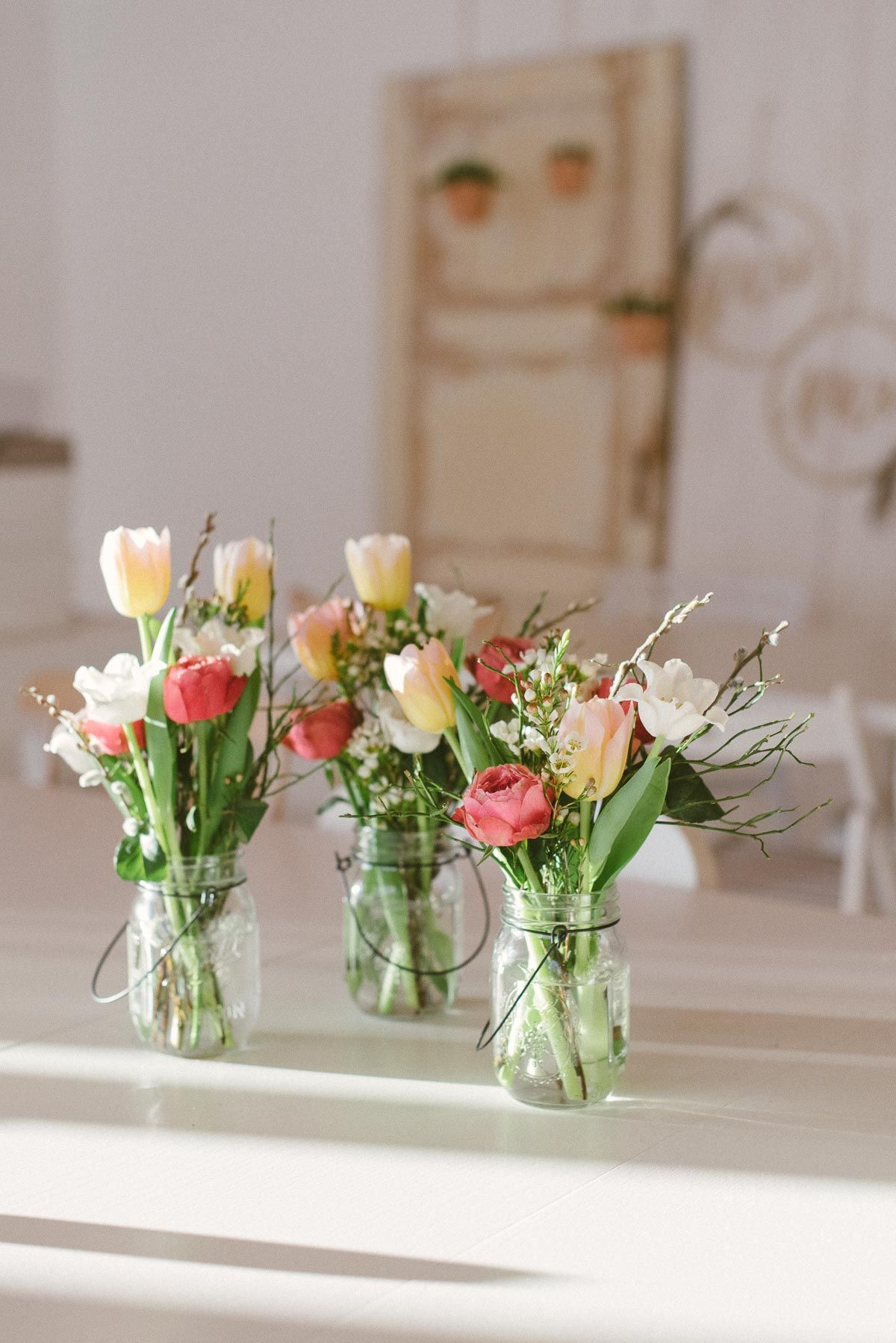 Flower Friday: Kleiner Frühlingsstrauß mit Tulpen – Fräulein K. Sagt Ja – Boda fotos