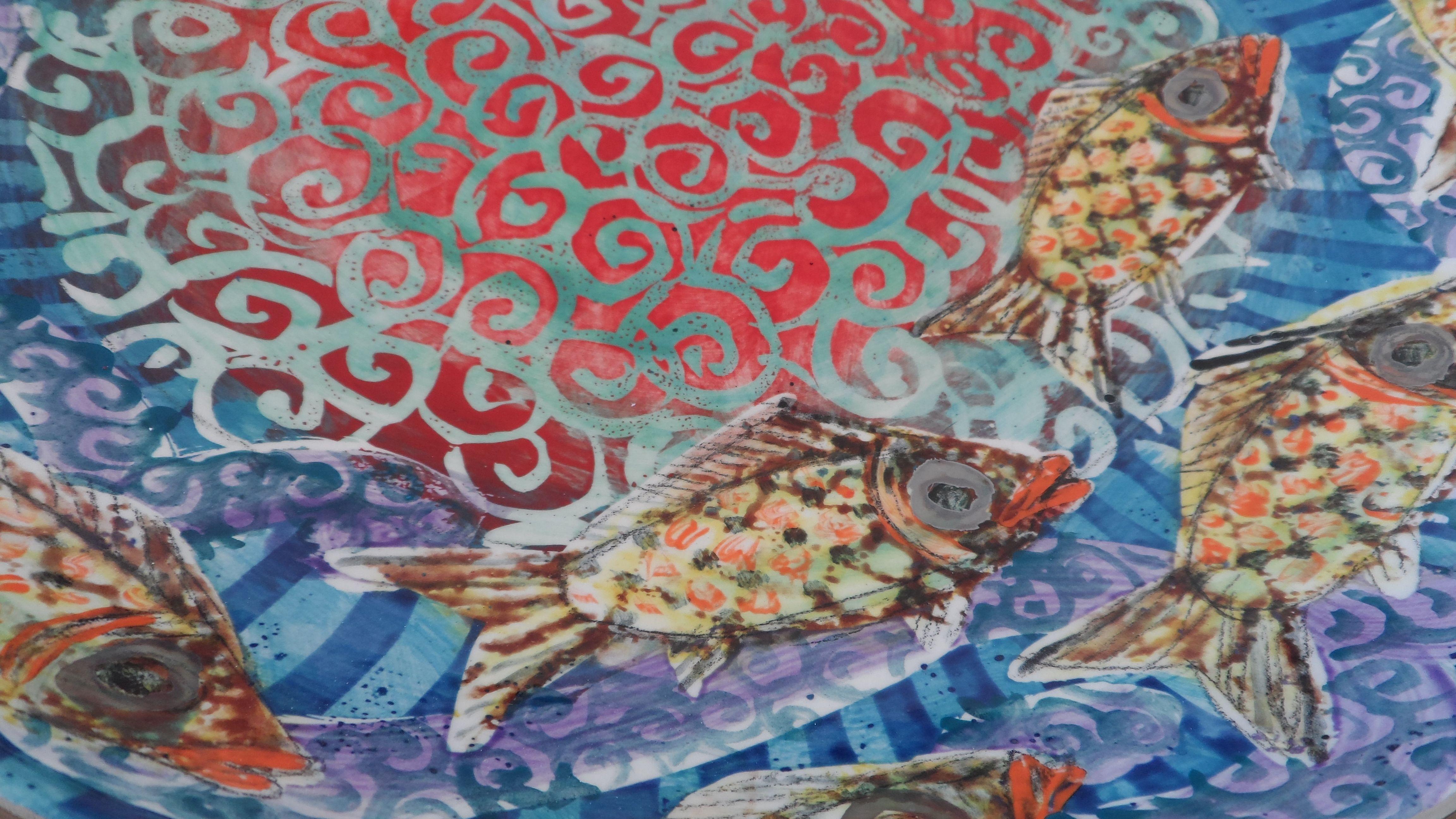 detail wax resist under glaze lustre fishy Pinterest
