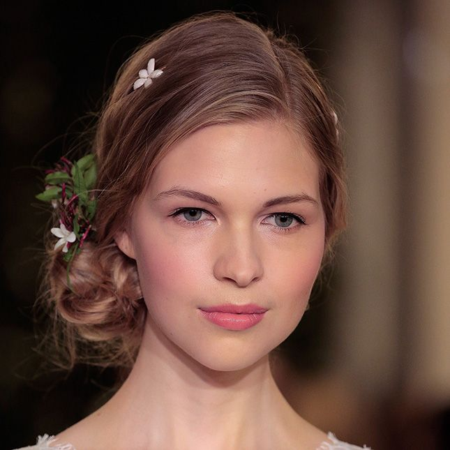 11 Hair + Makeup Trends to Steal from Spring 2016 Bridal ...