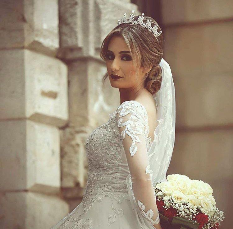 Pin By Mrym Mrym On Hairstyles Dresses Wedding Dresses Wedding Dresses Lace