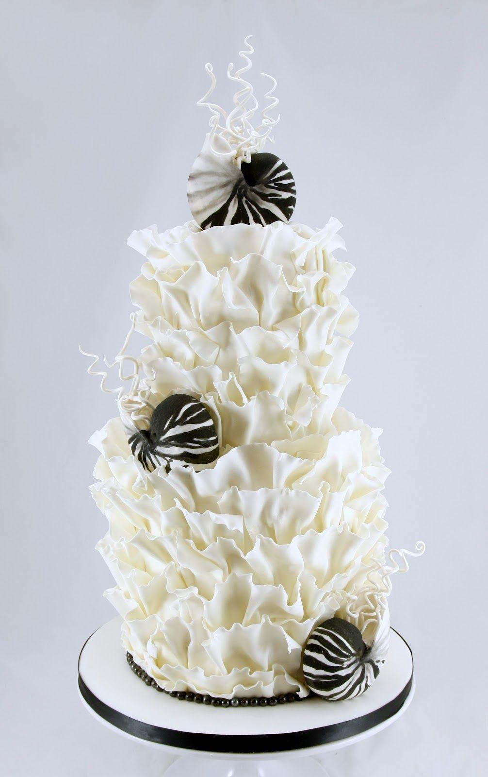 Black and White Beach Wedding, Classy Beach wedding cake, black and ...