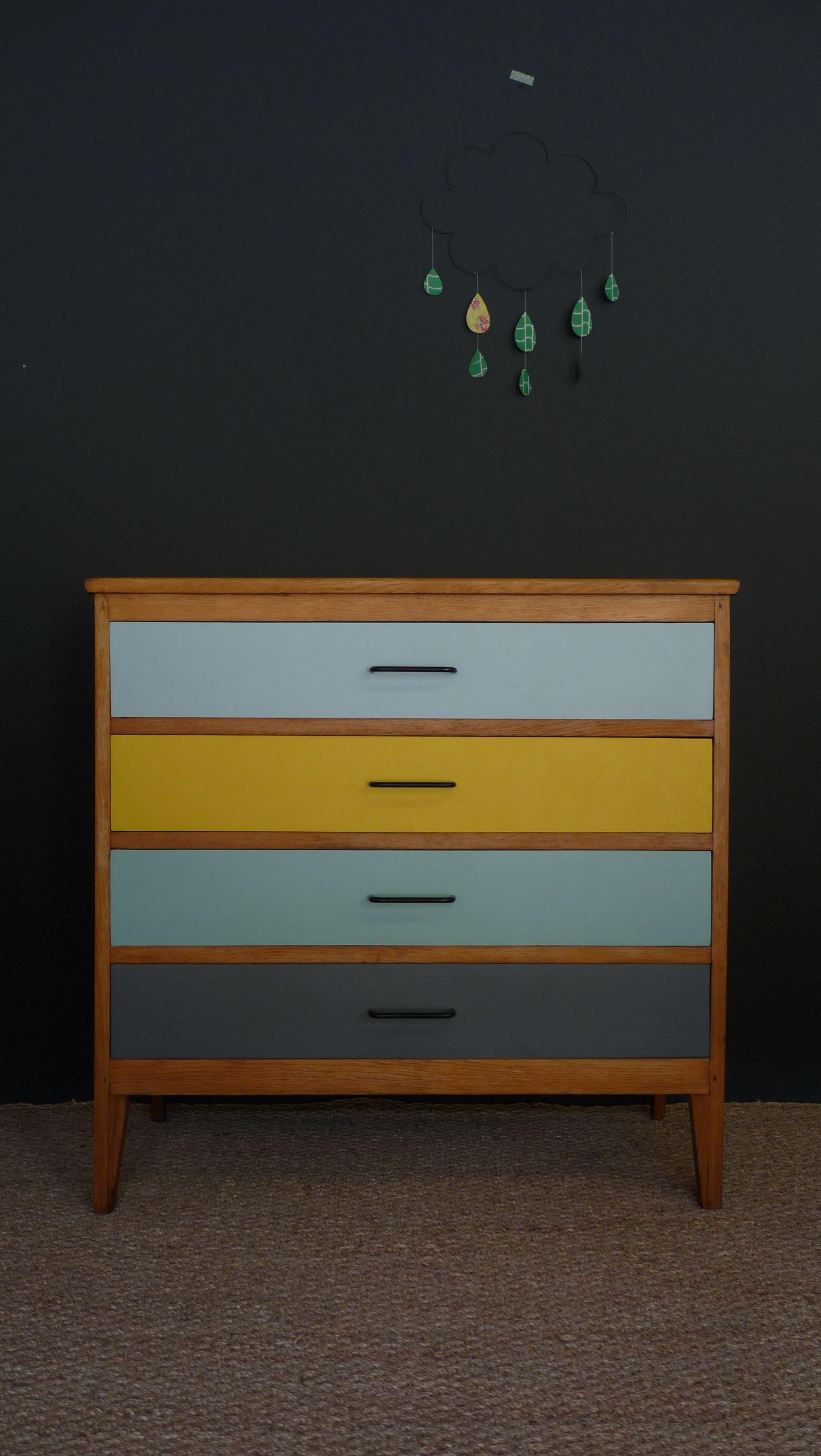 commode vintage jaune  Chambre jaune et vintage  Mobilier de Salon Commode vintage et Mobilier