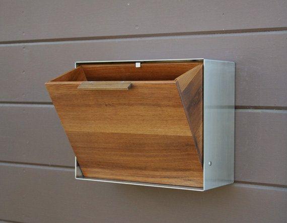 Sleek Mid Century Modern Mailbox Design Http Pinkgraygold Com Sleek Mid Century Modern Mail Modern Mailbox Design Mid Century Modern Mailbox Modern Mailbox