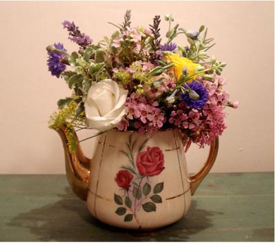 Teapot Vase Tea Pots Pinterest Teapot And Flowers
