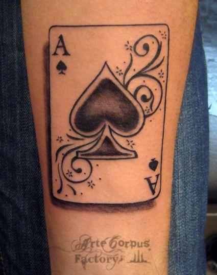 tatouage as de pique avant bras arte corpus tatouages pinterest tatouages. Black Bedroom Furniture Sets. Home Design Ideas
