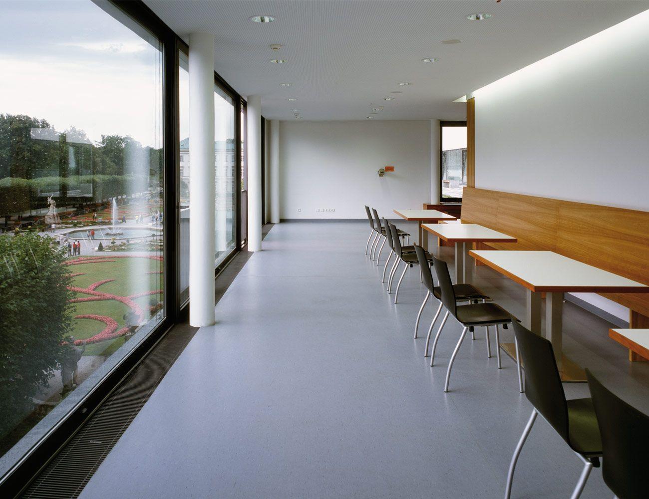 dlw linoleum referenzen universit t mozarteum in salzburg armstrong linoleum pinterest. Black Bedroom Furniture Sets. Home Design Ideas