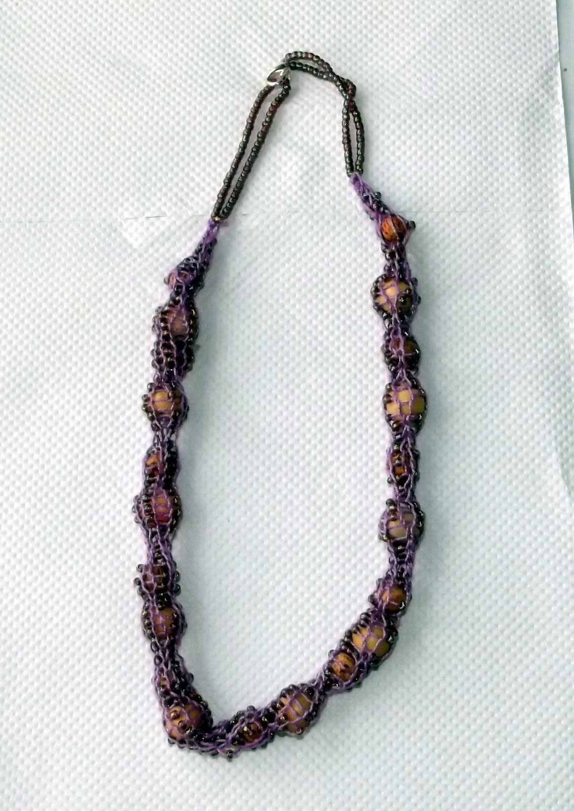 Lincoln Stitchers: Kathy \'s French Knitting with wire and beads ...