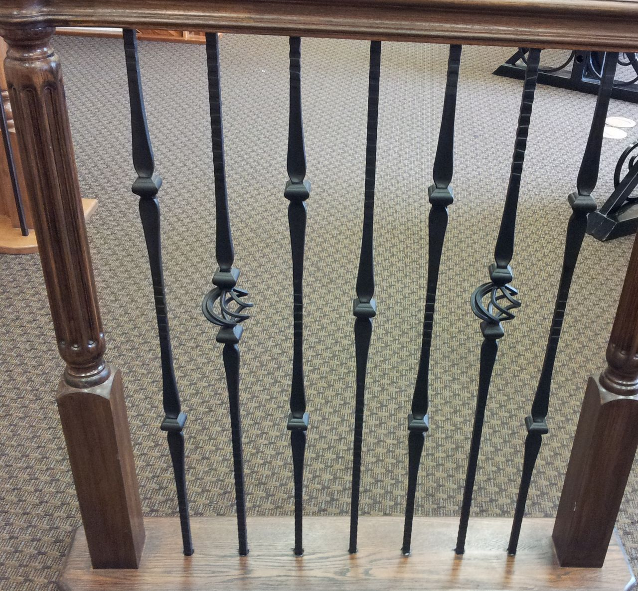 Best 16 1 8 Double Knuckle Square Face Hammered Iron Baluster 400 x 300