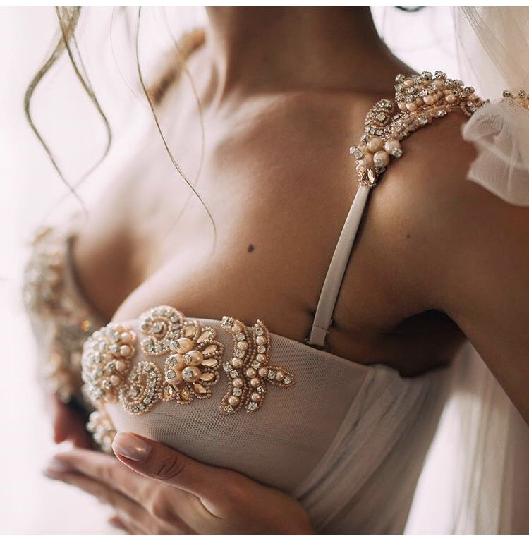 688e21eedfb6 Sweet details of Nora dress by Blammo-Biamo❤  raraavis  raraavisgroup   weddingdress  weddingdresses  bridalgown  bridal  bridalgowns  weddinggown  ...