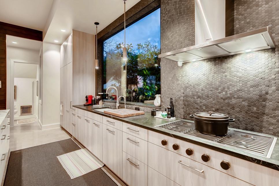 modern kitchen with silver mosaic tile backsplash  2019