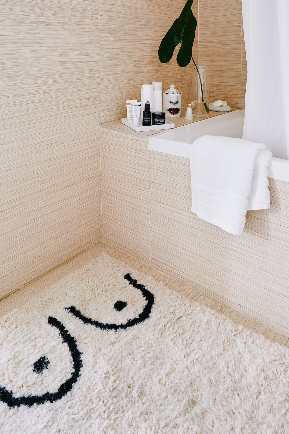 A Beautiful Home In Greenpoint Bathroom Rugs Christmas