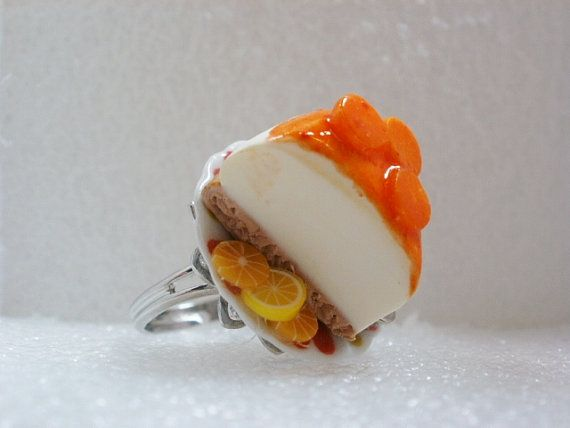 Cheesecake Ring from Polymer Clay