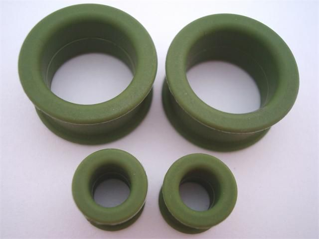 Clearance Sale 50 Off Kaos Olive Green Silicone Plugs 0 Gauge 1 Inch Tunnels And Plugs Ear Gauges Plugs