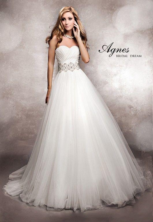 ♥ Traumhaftes Brautkleid in Tüll und Swarovskisteinen inkl ...