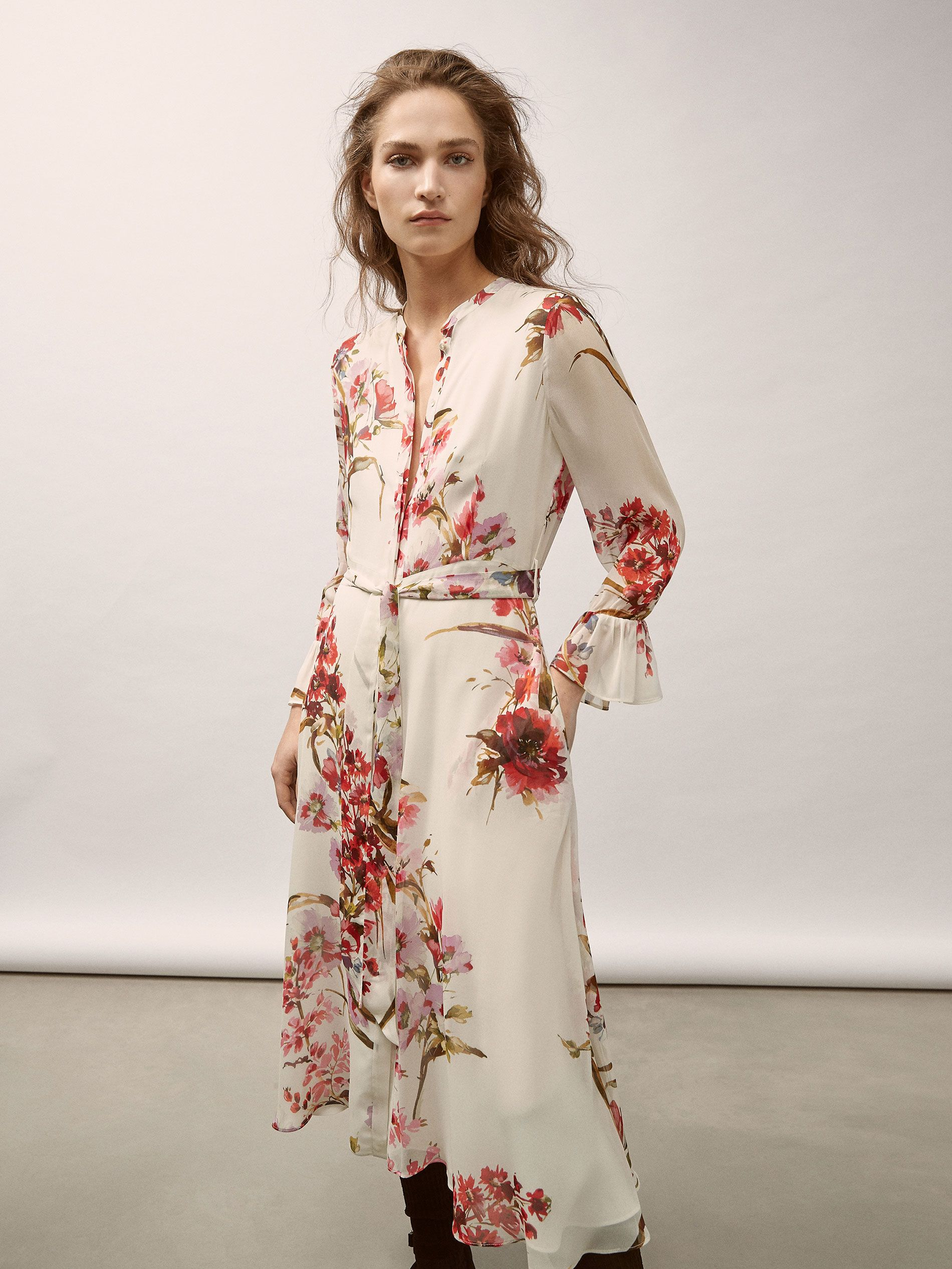 4d1d6cd1bf9 Fall Winter 2017 Women´s GEORGETTE DRESS WITH FLORAL PRINT at Massimo Dutti  for 150. Effortless elegance!