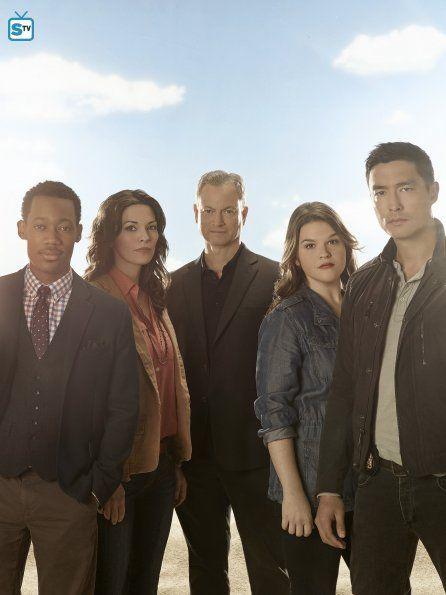 Tyler James Williams as Russ, Alana De La Garza as Clara, Gary Sinise as Jack…