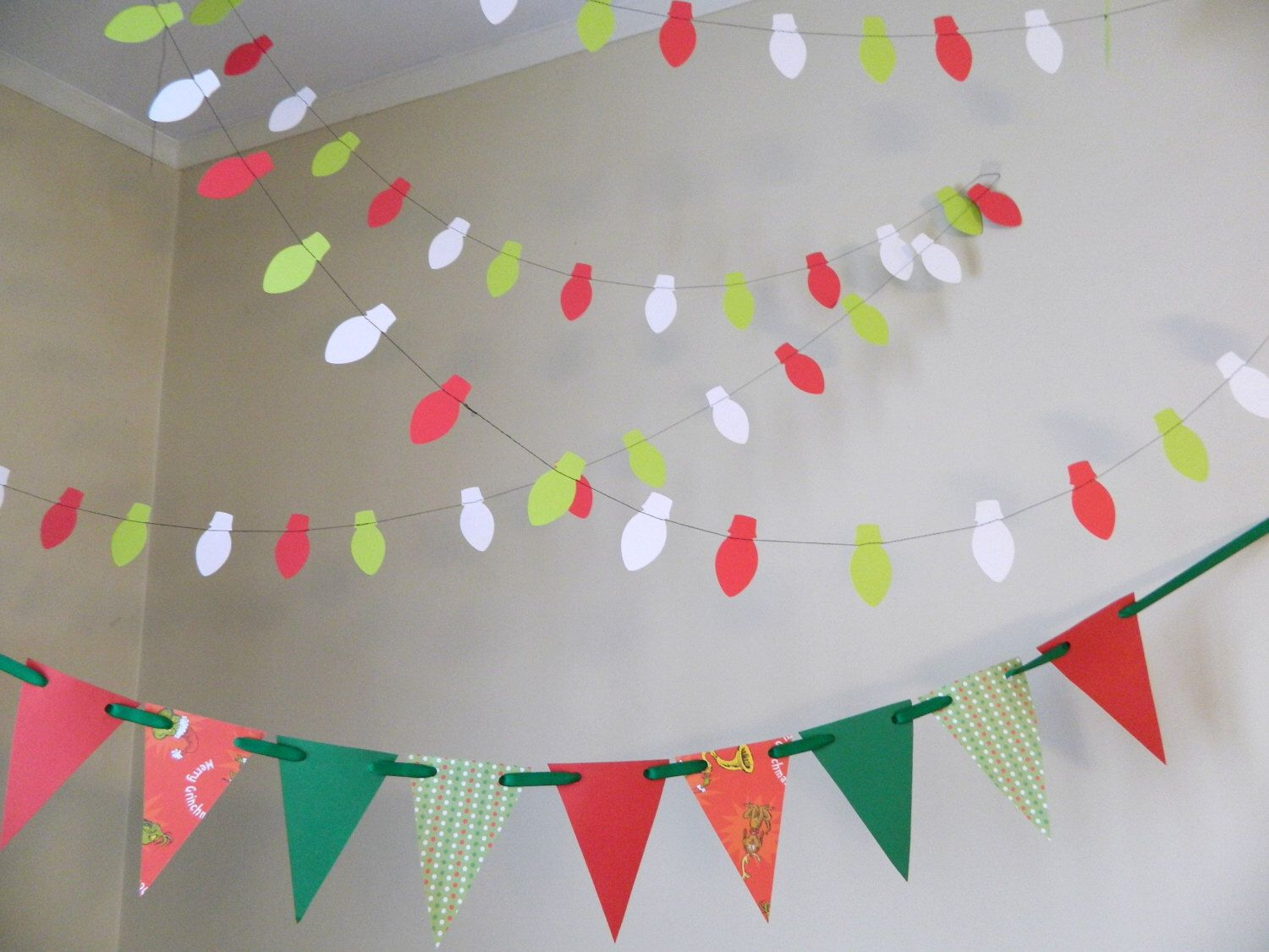 How The Grinch Stole Christmas Insoired Decor Christmas