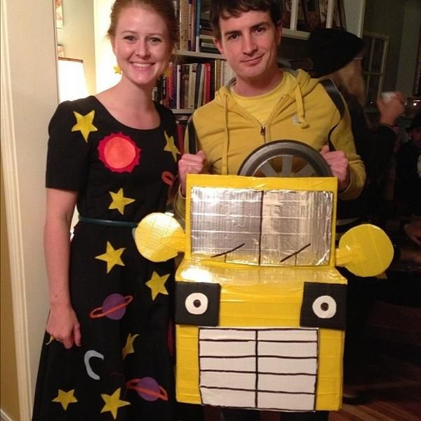Miss Frizzle and the Magic School BUs! My hero Miss Frizzle - school halloween costume ideas