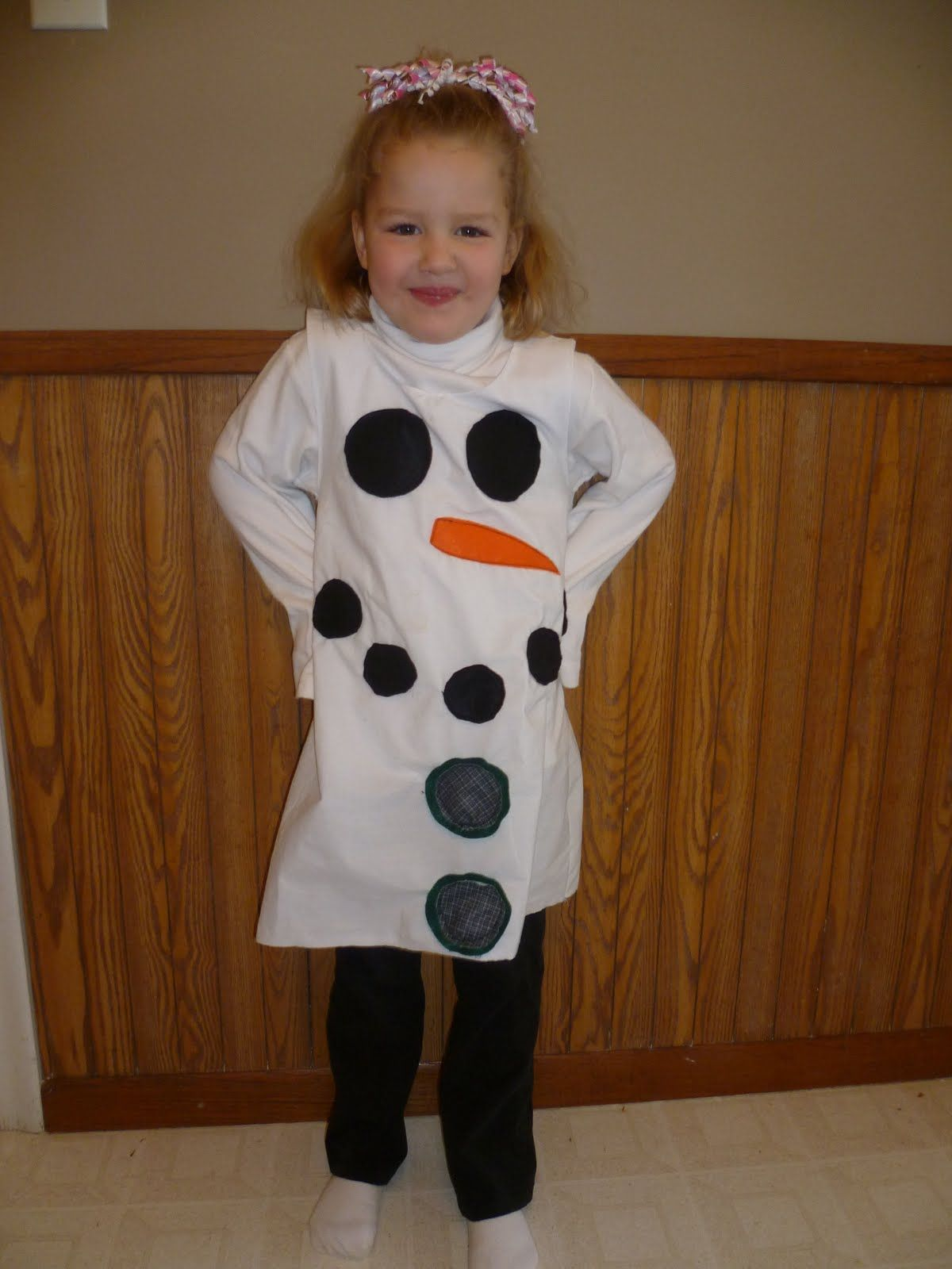 181 Snowman Dress Made from a Bed Sheet (With images