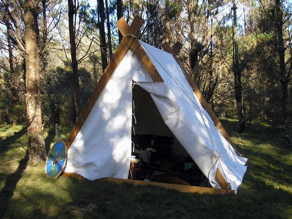 This is the tent that I am raising funds for.  http://thehappyviking-hlif.blogspot.com.au/2014/03/a-viking-saga-shelter-and-ship-pozible.html