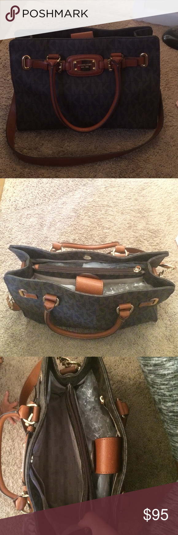 Michael Kors purse Gently used about three months old KORS Michael Kors Bags