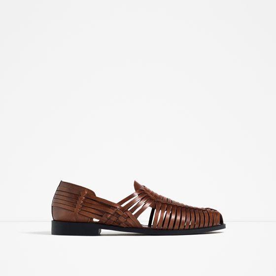 f2a1bbe00 ZARA - HOMBRE - SANDALIA CANGREJERA DE PIEL | Zapatos en 2019 | Zara ...