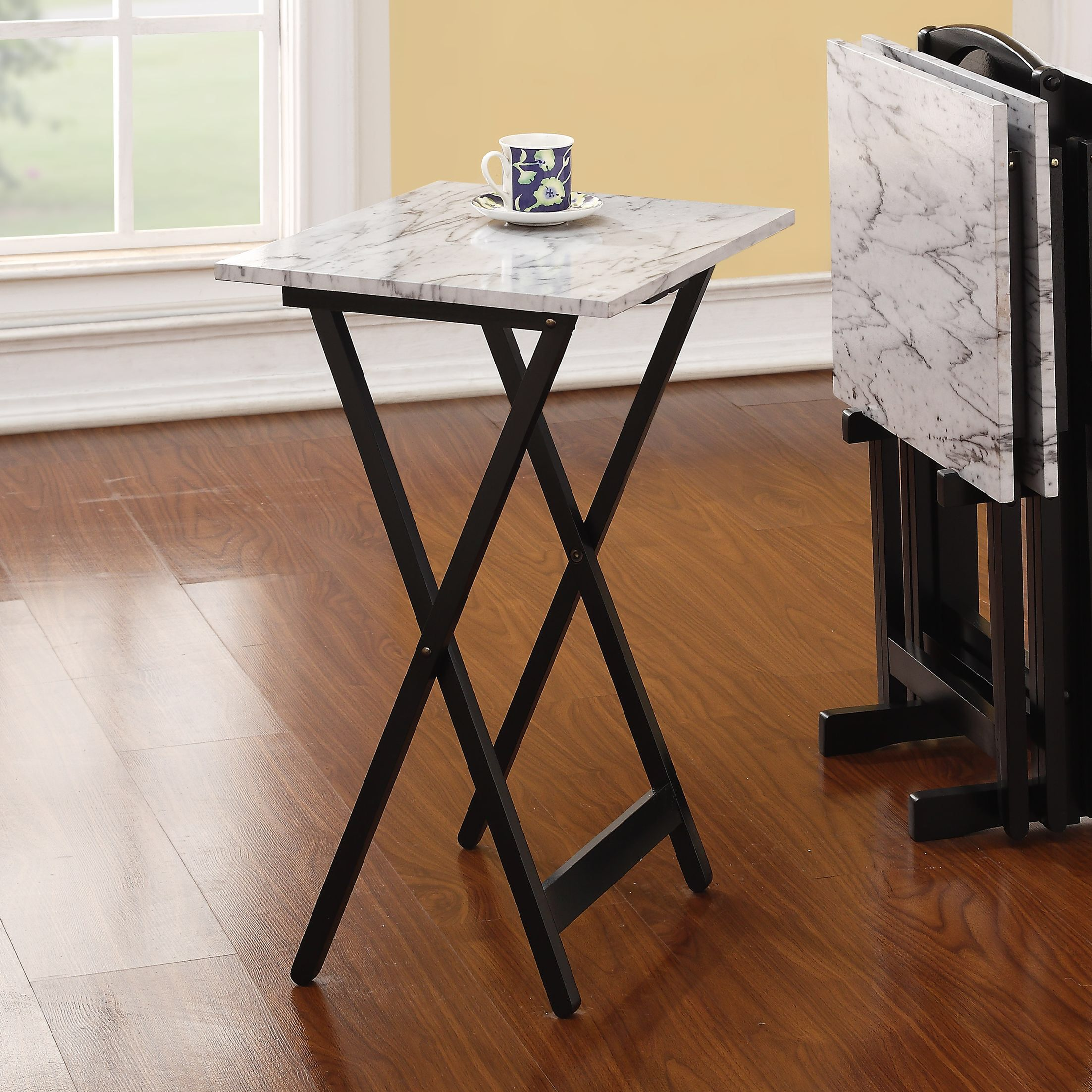 Black Finished Base And Stand Easy To Move From One Room Another With The Handle On Top Includes Four Tray Tables