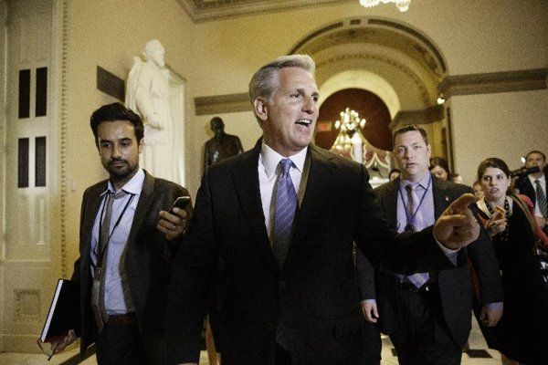 Eric Cantor was criticized for being too cozy with big business. Who funds Kevin McCarthy? Take a wild guess.....bankers?? Chris Moody, Yahoo News, 6/17 By C...