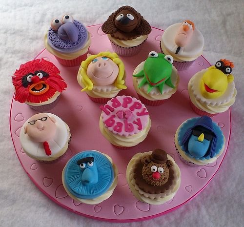 New Muppets Cupcake Rings Miss Piggy and Kermit One Dozen