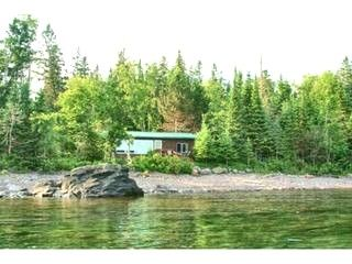 Amazing Grace Classic Lake Superior Cabin Vacation