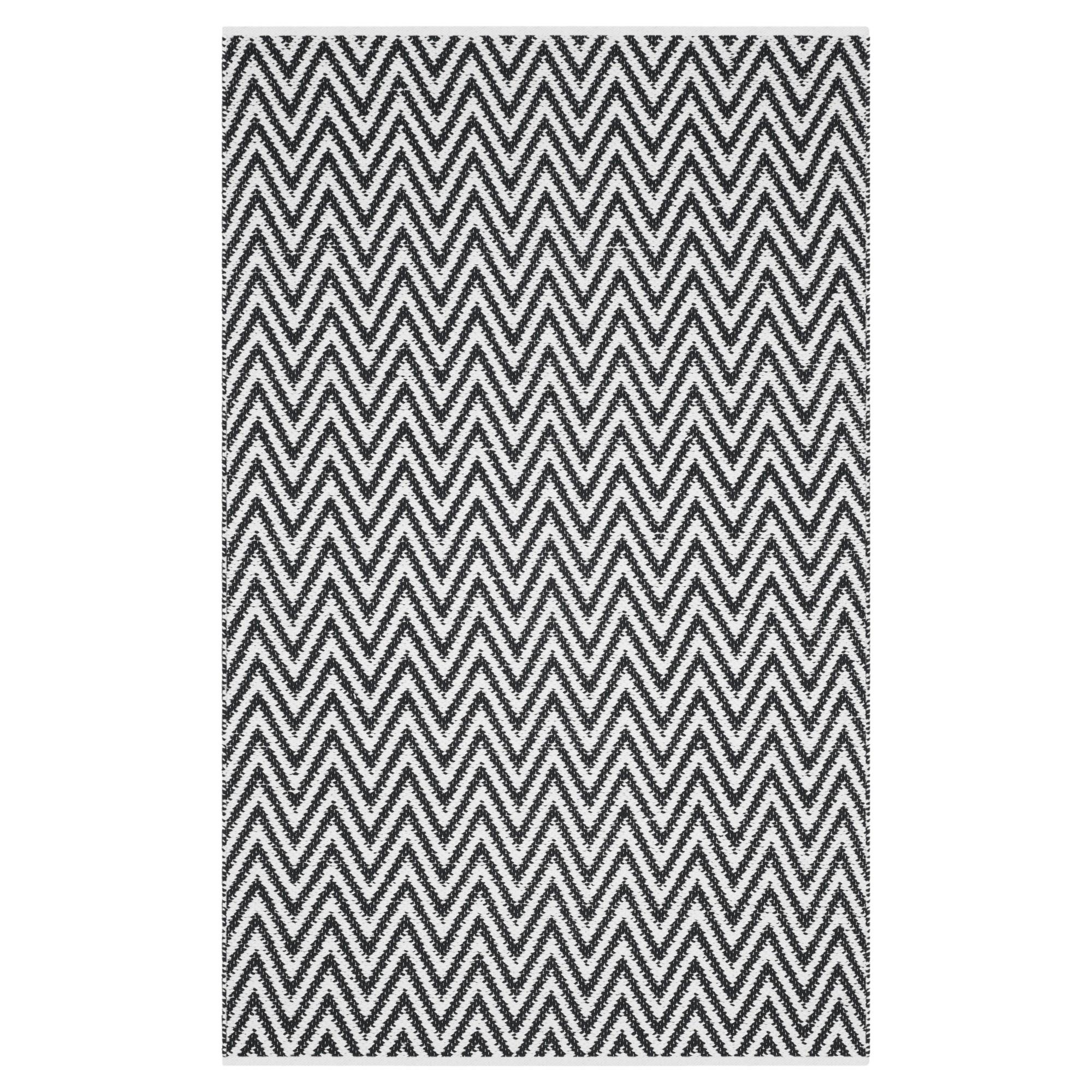 Montauk Rug - Black/Ivory - (4'x6') - Safavieh