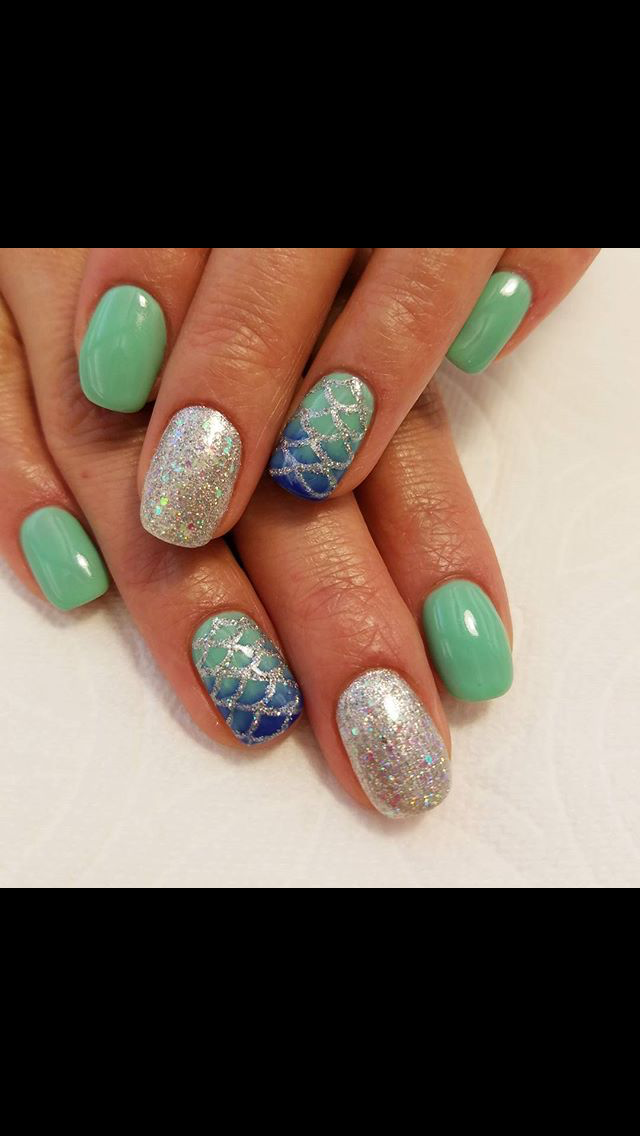Mermaid nails | For Nail Art in 2019 | Mermaid nails, Gel nails ...