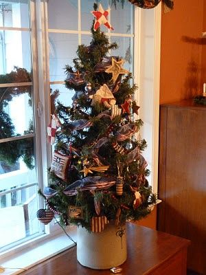 For The Red White And Blue Patriotic Christmas Tree Patriotic Christmas Christmas Vignettes