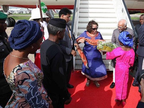 Yesterday Vice President Of India & Wife Arrived Nigeria | Photos