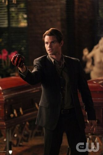 Elijah Mikaelson/Klaus Mikaelson - Works | Archive of Our Own