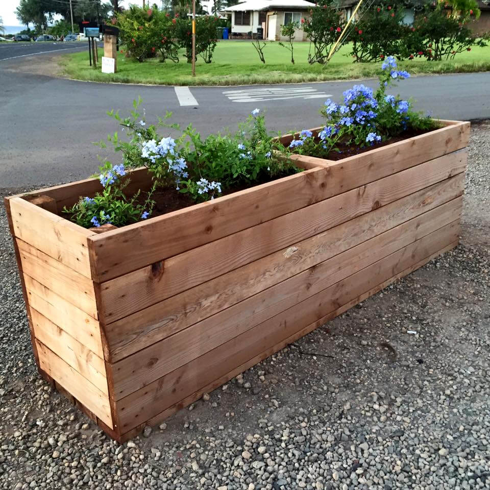 Upcycled Wood Pallet Planter Box | Wood pallet planters ...
