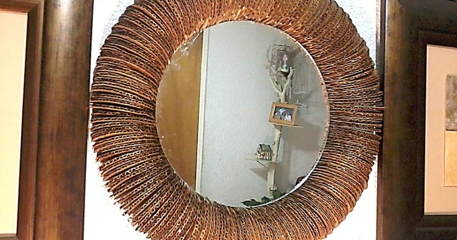 Convertimos piezas de cartón en un marco para un espejo ...