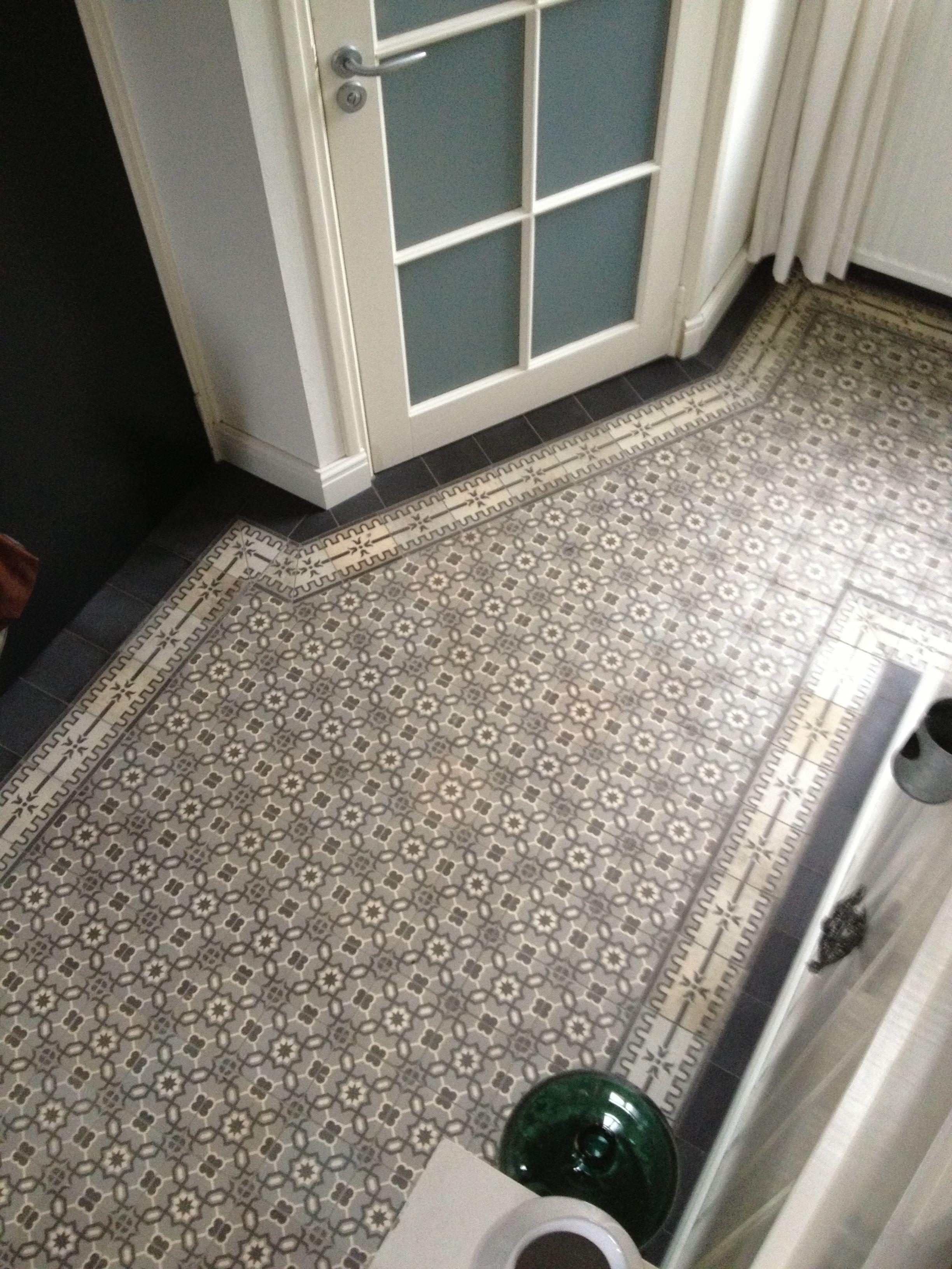 Portugese tegels in huis entree woonkamer terras pinterest tegel - Tegel patroon badkamer ...
