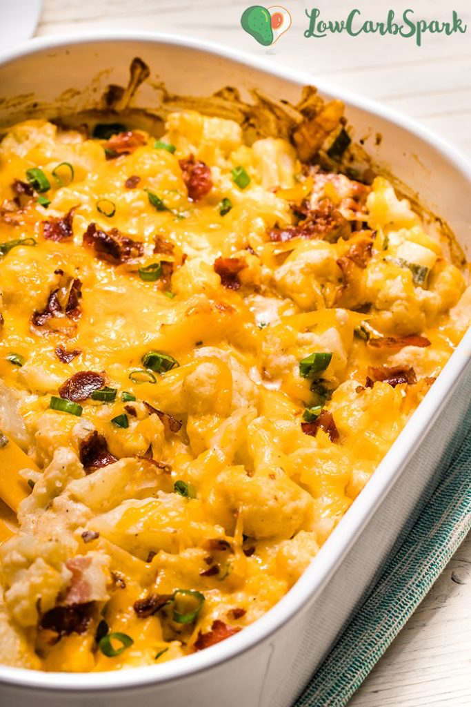 Try The Best Loaded Cauliflower Bake with Cheddar and Bacon! #loadedcauliflowerbake